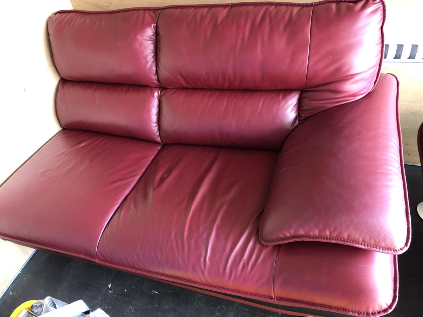 5/19★出張買取にてソファを買取させていただきました! #出張買取 #マンガ倉庫 #武雄店 #白物 #家電#買取 #家具 #重い ★